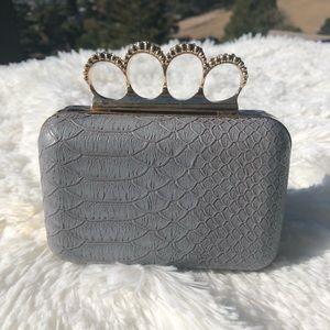 Handbags - 💎Rhinestone Knuckle Handle Clutch💎
